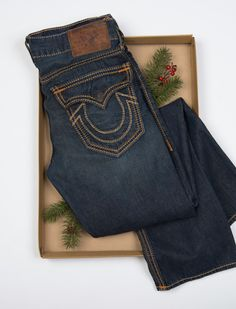 Holiday Gift Guide | Perfect Presents for Women Men & Kids by TRUE RELIGION #TRholiday13