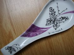 Ceramic Spoons, Ceramic Pottery, China Painting, Pottery Painting, Filet Crochet, Pictures To Paint, Drawing For Kids, Painting Techniques, Zentangle