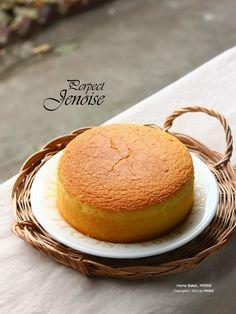 Basics of the cake, making delicious genuine Juanwazu properly / public law … - Korean Food Ideen Cakes To Make, How To Make Cake, Coffee Bread, Chiffon Cake, Korean Food, Mini Cakes, Food Plating, No Bake Desserts, Vanilla Cake