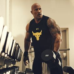 Dwayne Johnson the rock and his way to build muscle and stay in shape The Rock Dwayne Johnson, Dwayne The Rock, Wwe The Rock, Rock Johnson, Fitness Gym, Muscle Fitness, Mens Fitness, Fitness Weightloss, Bodybuilding Workouts