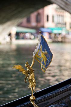 Venetian corners
