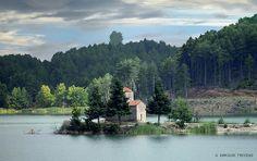 DOXA LAKE (GREECE - PELOPONNESE - FENEOS)