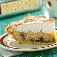 Old-Fashioned Sour Cream/Raisin Pie. Looks easy enough!!!