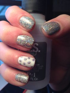 Sparkle gel nails