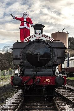 Join Santa by Steam at #SouthDevonRailway! Running from 5th-23rd of December, with presents for the children & treats for the grown ups! Booking is essentials - some dates are sold out already! https://southdevonrailway.digitickets.co.uk/tickets#utm_sguid=143982,6d0bdf5f-12d1-7942-2b89-4c3aa8e68bcc