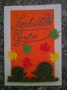 Herbstkarte mit Igeln