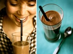 My New Roots: Raw Chocolate Milkshake Miracle -- this is the best smoothie i have ever had Juice Smoothie, Smoothie Drinks, Smoothie Recipes, Healthy Smoothies, Healthy Chocolate Milkshake, Chocolate Shake, Chocolate Puro, Cacao Chocolate, My New Roots