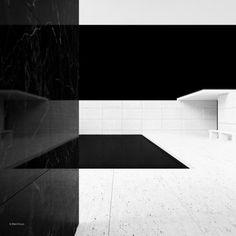 Barcelona Pavilion   Mies van der Rohe   Series : Blackhaus