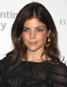 French beauty--love the eyeliner Julia Restoin-Roitfeld
