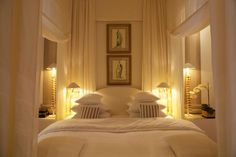 Guest Bedrooms, White Bedrooms, Master Bedrooms, Interior Architecture, Interior Design, Dream Beach Houses, Fancy Houses, Classic Interior, Hallway Decorating