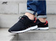 2014 cheap nike shoes for sale info collection off big discount.New nike roshe run,lebron james shoes,authentic jordans and nike foamposites 2014 online. Adidas Og, Best Sneakers, Sneakers Fashion, Shoes Sneakers, Adidas Shoes Outlet, Cheap Nike Air Max, Site Nike, Only Shoes, Shoes