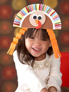 Paper Plate Turkey Hat This super cute hat is made from a paper plate. The adorable turkey face makes this a really fun Thanksgiving craft for kids. The post Paper Plate Turkey Hat was featured on Fun Family Crafts. Thanksgiving Hat, Thanksgiving Crafts For Kids, Thanksgiving Activities, Autumn Activities, Holiday Crafts, Holiday Fun, Kindergarten Thanksgiving, Christmas Turkey, Thanksgiving Celebration