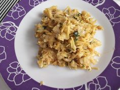 Recette de bacalhau a bras (morue à la portugaise) Fish And Seafood, Risotto, Rice, Cooking, Ethnic Recipes, Book Log, Dishes, Cookies, Meals