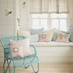 Simple and Stylish Ideas Can Change Your Life: Vintage Home Decor On A Budget Shabby Chic french vintage home decor chairs.Vintage Home Decor Boho Interiors vintage home decor etsy.Vintage Home Decor Boho Shabby Chic. Interior, Window Seat Nook, Country Decor, Vintage Home Decor, Pastel House, Pastel Interior, Home Decor, House Interior, Interior Design
