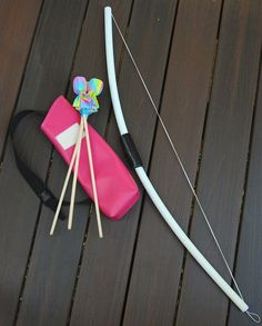 tutorial on how to make bow, arrows, and quiver bag *THESE WERE AT THE FORT HARRISON STATE PARK* They work great!