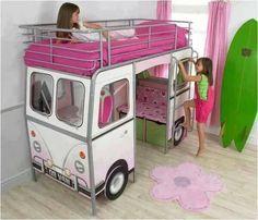 Dormitorios infantiles. Cama para niñas.