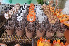 Colherzinhas para brigadeiro de colher com mini bichinhos em feltro decorando! Fofo demais!  http://littlebirdatelie.blogspot.com.br/