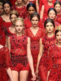 Vorhang auf für die Mailand Fashion Week! Ende Februar 2013 zeigten Designerlabels wie Prada, Bottega Veneta, Jil Sander oder Dolce &