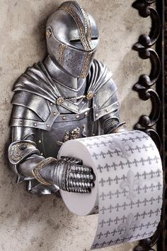 Design Toscano Toilet Paper Holder - Medieval Knight to Remember Gothic Bathroom Decor - Toilet Paper Roll - Bathroom Wall Decor - Funny Toilet Paper Holder, Toilet Paper Humor, Unique Toilet Paper Holder, Gothic Bathroom, Modern Bathroom, Toilette Design, Man Cave Accessories, Bathroom Accessories, Gothic Accessories