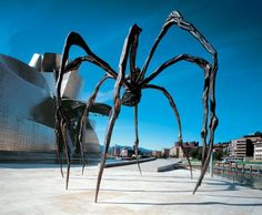 Louise Bourgeois, Maman, 1999, cast 2001. Bronze, marble, and stainless steel, 29 feet 4 3/8 inches x 32 feet 1 7/8 inches x 38 feet 5/8 inches (895 x 980 x 1160 cm)