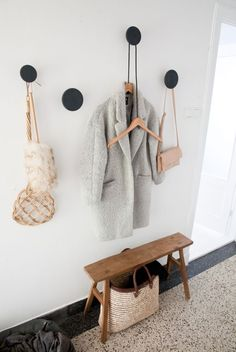 Struggling to decorate your long, narrow hallway? We have 19 long narrow hallway… Hallway Inspiration, Interior Inspiration, Design Inspiration, Decoration Hall, Entryway Organization, Organized Entryway, Hallway Storage, Hat Organization, Hanging Storage