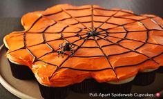 Pull-Apart Spiderweb Cupcakes. This is WAY freaking cool!!!!