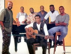 Revivendo os anos 90: Raça Negra #18   Minilua