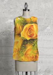 Sleeveless Top: Rounded high-low hem with a zipper closure at the back neck. Perfect for office or the weekend, this top can be dressed up tucked in under a blazer or un-tucked with jeans. Floral Tops, Floral Prints, Fire Flower, Yellow Roses, Colorful Flowers, Fashion Details, Flower Designs, Black Tops, Tie Dye
