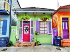 Colors of the Marigny. ❤️I lived half a block out of the Marigny New Orleans Architecture, Cultural Architecture, New Orleans Homes, New Homes, Painted Lady House, Case Creole, Colourful Buildings, Colorful Houses, Purple Houses