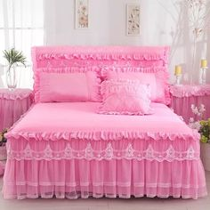 1 Piece Lace Bed Skirt Pillowcases bedding set Princess Bedding Bedspreads sheet Bed For Girl bed Cover King/Queen size Red Bedspread, Lace Bedding, Bedding Sets, Girl Bedding, Cotton Bedding, Cama Queen Size, Queen Size Bedding, King Size Bed Sheets, Bed Sets