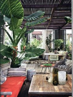 Turn your urban garden into a dreamy Balinese Oasis. Read more:https://alphabetlifestyle.com/2017/05/24/turn-your-urban-garden-into-a-dreamy-balinese-oasis/