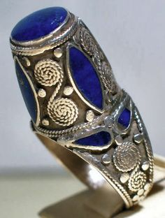 Northern Afghanistan silver tower ring decorated with lapis lazuli. JL Coll.