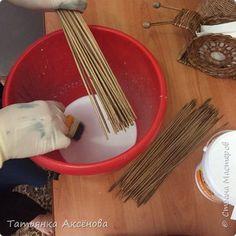 """Приветствую любителей плетунов!! Тема по созданию волшебных ,пластелиновых трубочек,без заломов и послушных для плетения до сих пор актуальна!Благодаря Оленьки Рыжковой и Танечки Беликовой -разрешился этот вопрос !Спасибо им огромное за то ,что они делятся с нами этим """"рецептом""""!Действительной пользуясь этим рецептом я довольна результатом!!Волшебными трубочками плести одно удовольствие !!!Они послушные!!Заломы исключены!!А самое главное-склеевается скрутка! Поэтому хочу поделиться с…"""