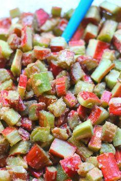 Gluten Free Healthy Rhubarb Crisp