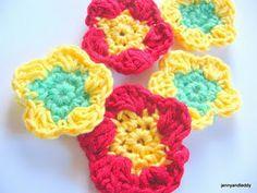 free crochet flower pattern — A free tutorial site for amigurumi beginners- Get Free & Easy Tutorial.