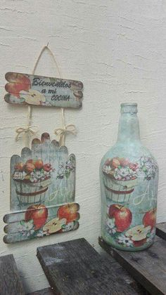 Diy Crafts For Gifts, Handmade Crafts, Decor Crafts, Wood Crafts, Glass Bottle Crafts, Bottle Art, Diy Popsicle Stick Crafts, Napkin Decoupage, Shabby Chic Crafts