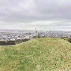 """952 curtidas, 65 comentários - Travel Blog by Gabi 💙 Rafa (@acumulandoviagens) no Instagram: """"Auckland foi a primeira cidade que conheci quando cheguei a Nova Zelândia para meu mochilão de 1…"""""""