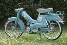 Vintage Moped, Vintage Motorcycles, Cars And Motorcycles, Peugeot, Puch Moped, Batman Art, Ducati, Bicycle, Collection