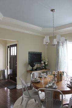 A Beautiful Way To Accent A Tray Ceiling Is To Add A Stunning Pleasing Walk Through Dining Room Design Decoration