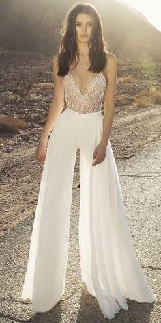 Trend 2019 27 Wedding Pantsuit Jumpsuit Ideas wedding pantsuit ideas with spaghetti straps lace top drorgeva Wedding Reception Outfit, Dream Wedding Dresses, Wedding Dress Styles, Wedding Suits, Wedding Attire, Wedding Bride, Lace Wedding, Wedding Rehearsal Dress, Reception Dresses