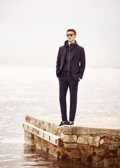 Slim-fit suit blazer