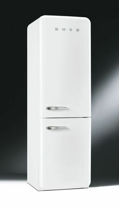 Introducing the new style retro fridge freezer –no more tedious and time-consuming defrosting