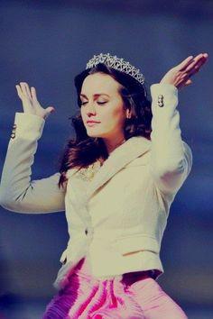 . queen b .
