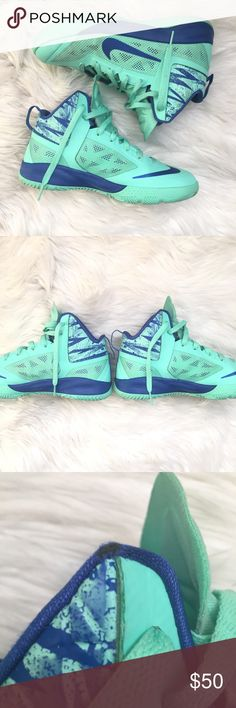 NIKE Zoom Hyperfuse Basketball 6Y Teal Sneakers NIKE Zoom Hyperfuse 2013 Basketball 616603-002 Youth US Size 6 Youth  Good condition, some scuffs, marks and spots  Teal and Blue Nike Shoes Sneakers