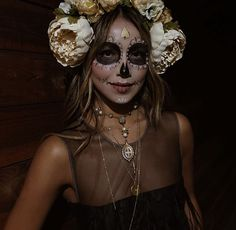 From daytime boho to nighttime glam Halloween Inspo, Halloween Looks, Diy Halloween Costumes, Costume Ideas, Mexican Fancy Dress, Day Of Dead Costume, Catrina Costume, Boho, Sugar Skull Makeup