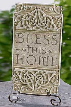 "Celtic knots ""Bless This Home"" Plaque"