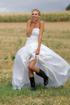 rock my Wedding....love this cute pic