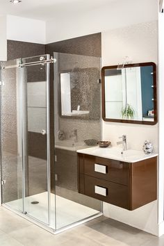 Double Vanity, Bathroom Lighting, Mirror, Furniture, Home Decor, Kitchens, Bathroom Light Fittings, Bathroom Vanity Lighting, Decoration Home