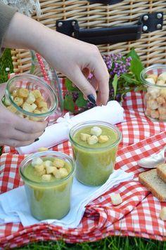 ZUpa ze szparagów na piknik