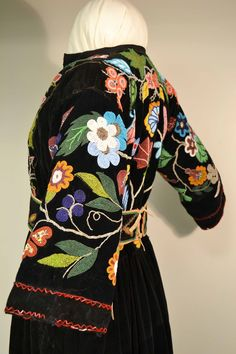 Ojibwe dress